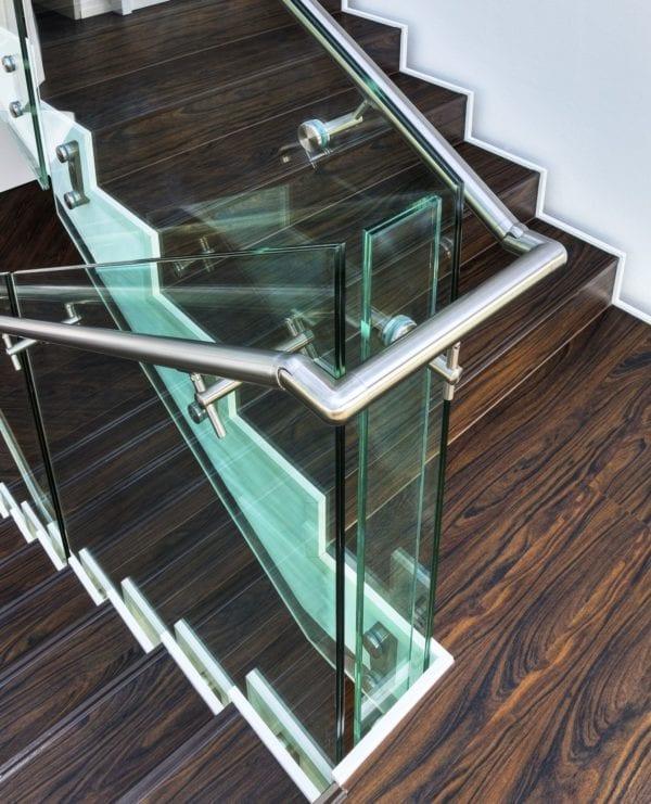 Glassrekkverk fra Presis